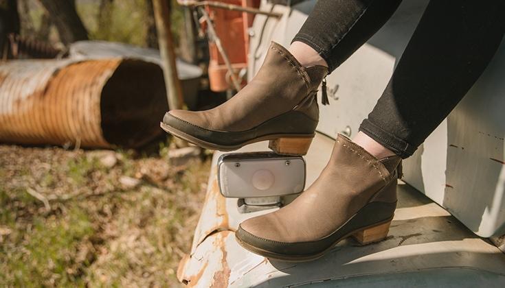 Chaco Catluna Mid Boots